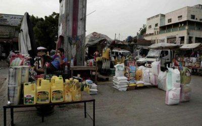 """مليشيا الحوثي تجدد نهبها لشاحنات إغاثة تابعة لـ """"الغذاء العالمي"""" بصنعاء (خاص)"""