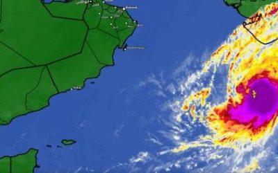 تراجع تصنيف إعصار كيار في بحر العرب إلى الدرجة الثالثة