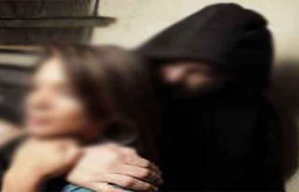 مجهولون يختطفون طالبة إعدادية عقب خروجها من المدرسة بذمار