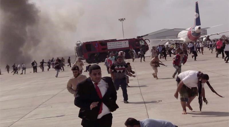 العواضي: الهجوم الإرهابي على مطار عدن يؤكد وجع الحوثيين من تشكيل الحكومة
