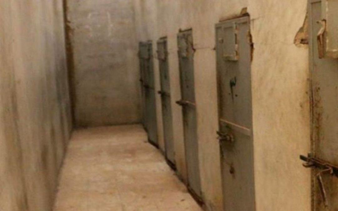 اعتداءت جنسية وجسدية حتى الموت أدوات الحوثي الرئيسية لتعذيب المعتقلين في سجونه (تقرير)
