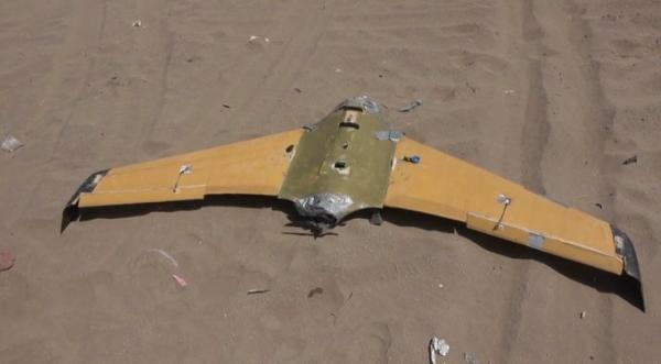 القوات المشتركة تسقِّط مسيَّرة هجومية حوثية جنوبي الحديدة