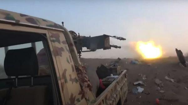اشتباكات جديدة تلتهم تعزيزات لميليشيا الإرهاب الحوثية جنوب الحديدة