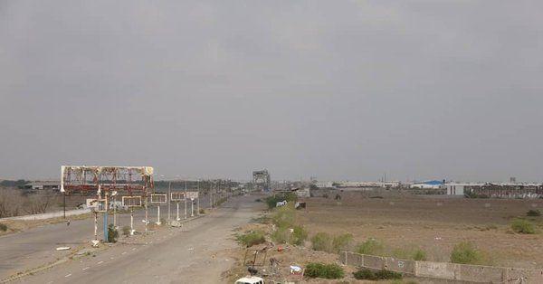 الحديدة..القوات المشتركة تدمر مرابض مدفعية حوثية استهدفت الأعيان المدنية